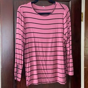 Maternity long sleeve tee